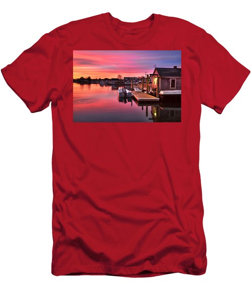 Brewsters In The South End Men's T-Shirt (Athletic Fit)