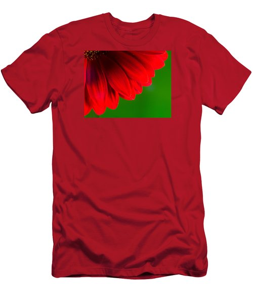 Bright Red Chrysanthemum Flower Petals And Stamen Men's T-Shirt (Athletic Fit)