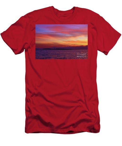 Cape Lookout Lighthouse At Sunrise Men's T-Shirt (Athletic Fit)
