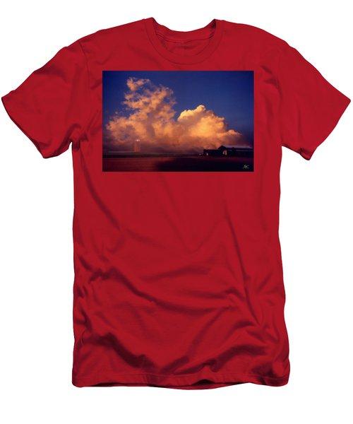 Cloud Farm Men's T-Shirt (Athletic Fit)