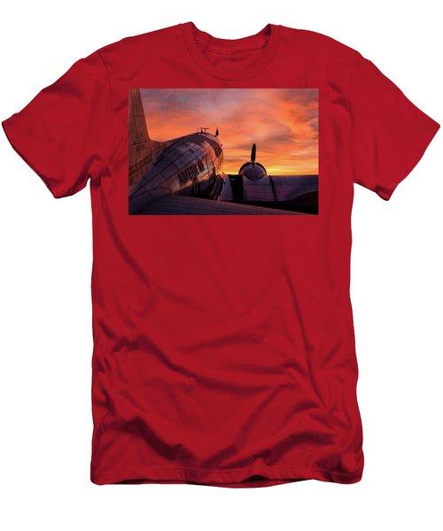 Dc-3 Dawn - 2017 Christopher Buff, Www.aviationbuff.com Men's T-Shirt (Athletic Fit)