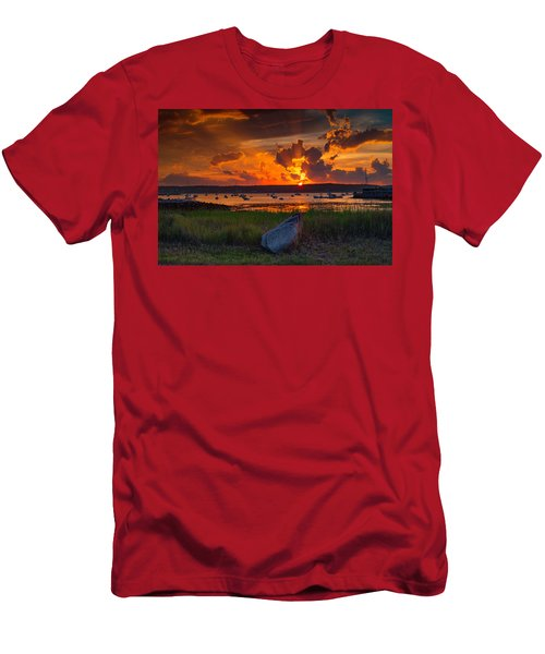 Gloucester Harbor Sunset Men's T-Shirt (Athletic Fit)