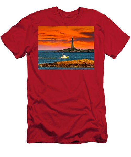 Lobster Boat Cape Cod Men's T-Shirt (Athletic Fit)