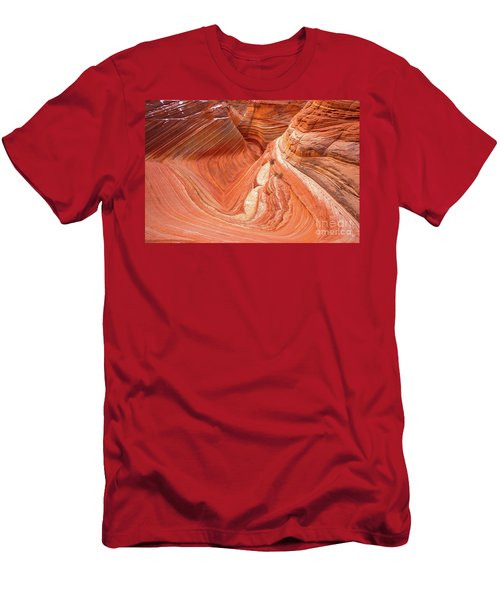 Main Wave Canyon 2017-1 Men's T-Shirt (Athletic Fit)