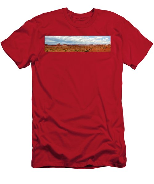 Monument Valley, Utah Men's T-Shirt (Athletic Fit)