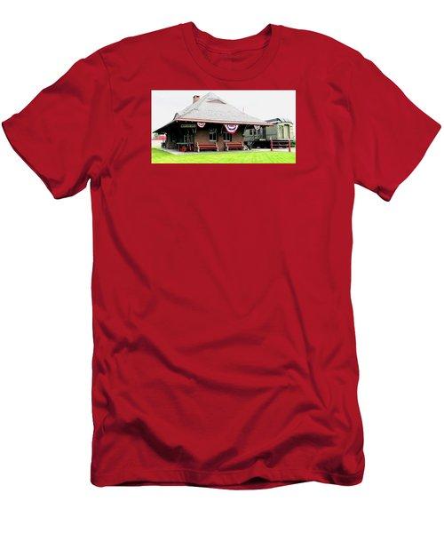 New Oxford Pennsylvania Train Station Men's T-Shirt (Slim Fit) by Angela Davies