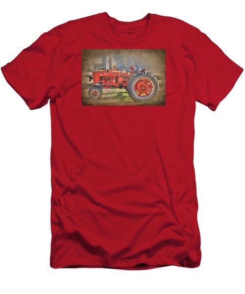 Old Faithful Men's T-Shirt (Athletic Fit)