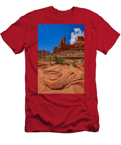 Red Rock Park Avenue Men's T-Shirt (Athletic Fit)