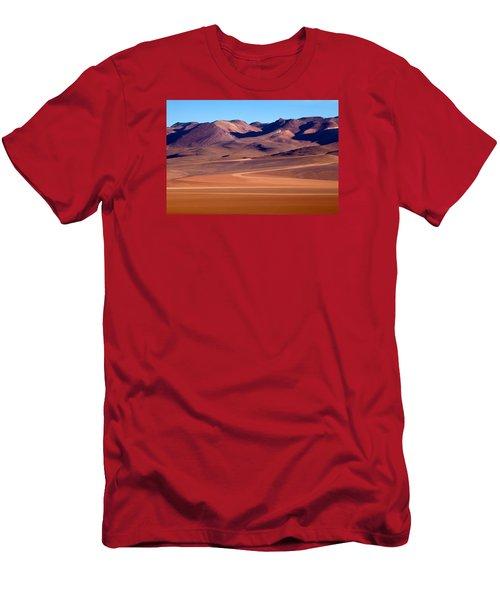 Siloli Desert Men's T-Shirt (Athletic Fit)
