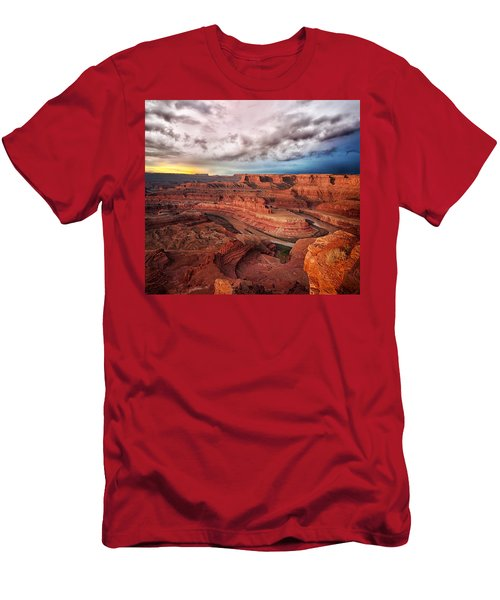 Storm Over Dead Horse Point Men's T-Shirt (Athletic Fit)