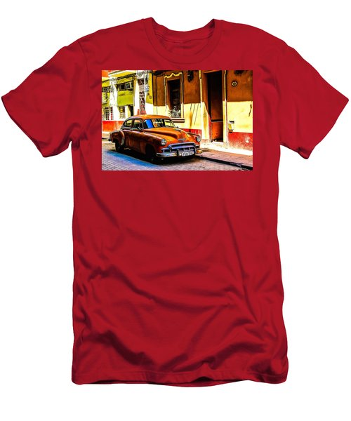 Streets Of Havana Men's T-Shirt (Athletic Fit)