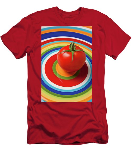 Tomato On Plate With Circles Men's T-Shirt (Athletic Fit)