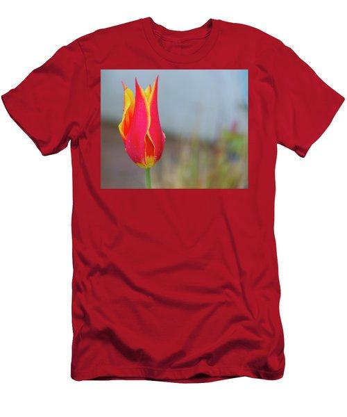 Tulip Fire Men's T-Shirt (Athletic Fit)