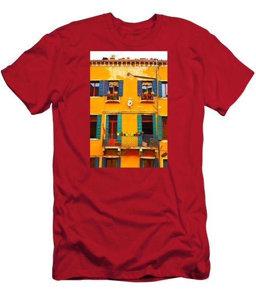 Venice Street Scene 1 Men's T-Shirt (Athletic Fit)