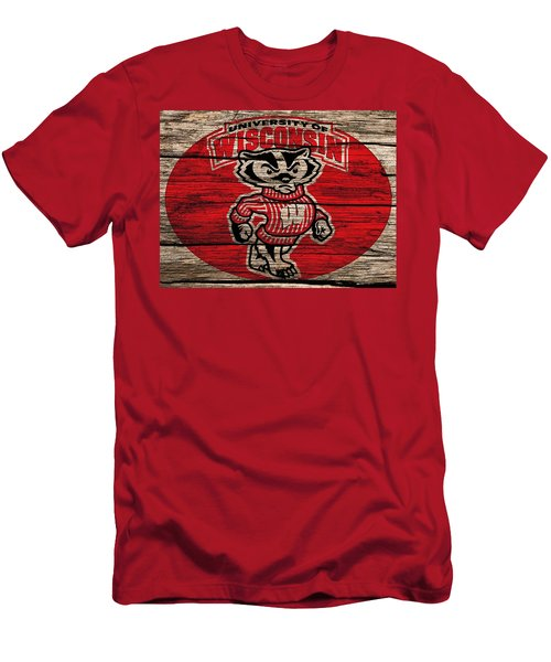 Wisconsin Badgers Barn Door Men's T-Shirt (Athletic Fit)