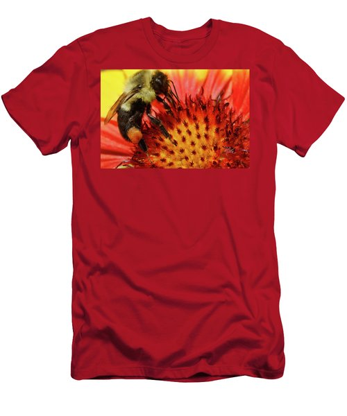 Bee Red Flower Men's T-Shirt (Athletic Fit)