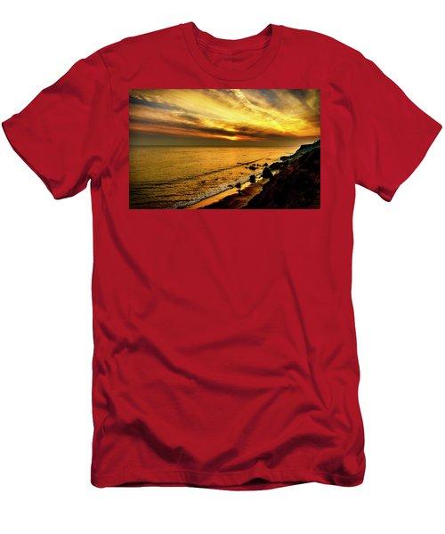 El Matador Beach Sunset Men's T-Shirt (Athletic Fit)