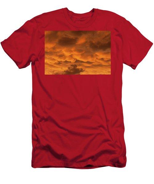 Mammatus Clouds Men's T-Shirt (Athletic Fit)