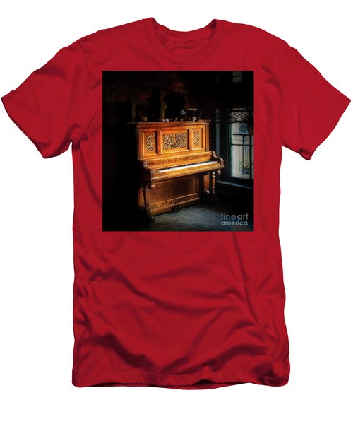 Old Wooden Piano Men's T-Shirt (Athletic Fit)