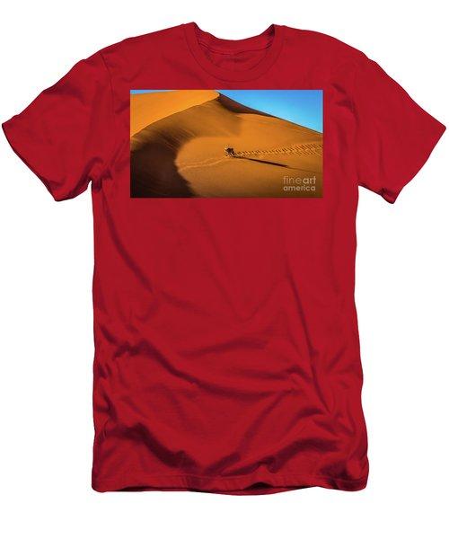 Oryx Crossing Big Daddy Dune, Sossusvlei, Namibia Men's T-Shirt (Athletic Fit)
