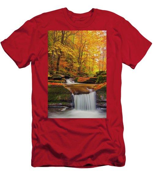 River Rapid Men's T-Shirt (Athletic Fit)