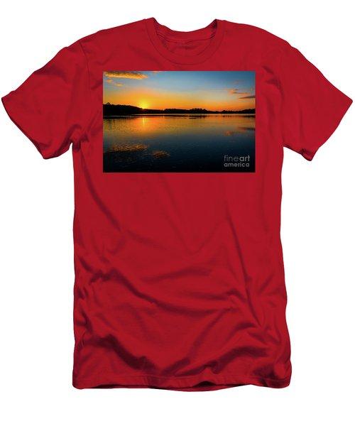 Savannah River Sunrise - Augusta Ga Men's T-Shirt (Athletic Fit)