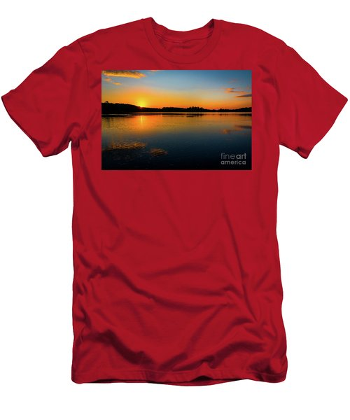 Savannah River Sunrise - Augusta Ga Men's T-Shirt (Athletic Fit)