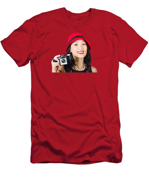 Smiling Woman Holding Retro Camera In Hand Men's T-Shirt (Athletic Fit)