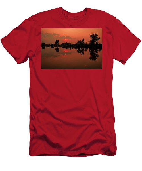 St. Vrain Sunset Men's T-Shirt (Athletic Fit)