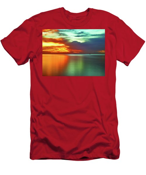 Sunset And Boat Men's T-Shirt (Athletic Fit)