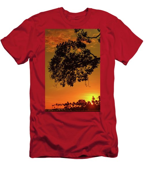 Sunset By The Pier Men's T-Shirt (Athletic Fit)