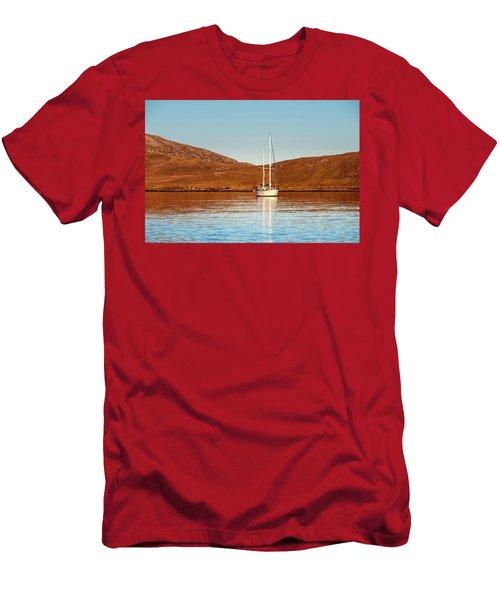 Vatersay Bay Men's T-Shirt (Athletic Fit)