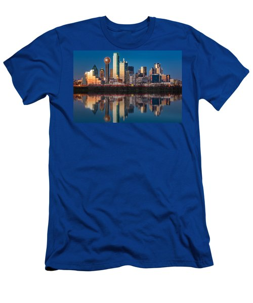 Dallas Skyline Men's T-Shirt (Athletic Fit)