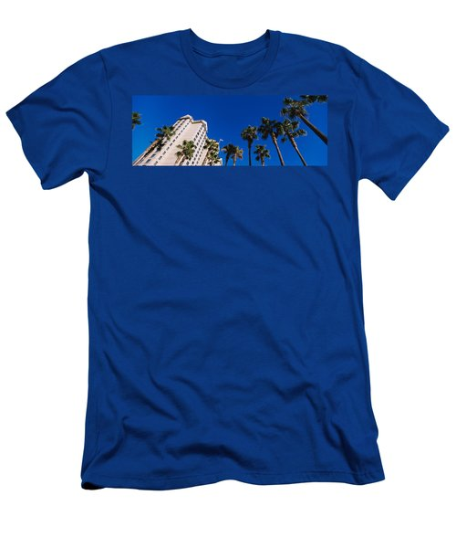 Low Angle View Of Palm Trees In Front Men's T-Shirt (Athletic Fit)