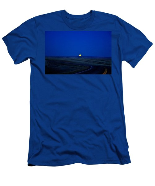 Native Moon Men's T-Shirt (Athletic Fit)