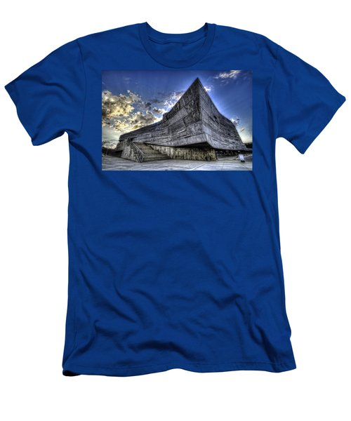 Perot Museum  Men's T-Shirt (Athletic Fit)
