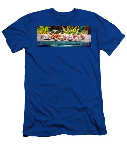 Shell Collection Men's T-Shirt (Athletic Fit)