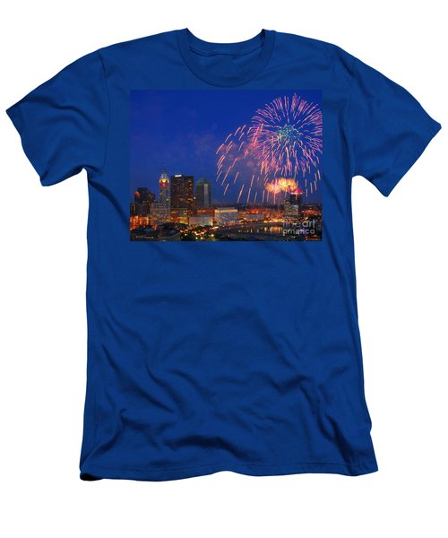D21l-10 Red White And Boom Fireworks Display In Columbus Ohio Men's T-Shirt (Athletic Fit)