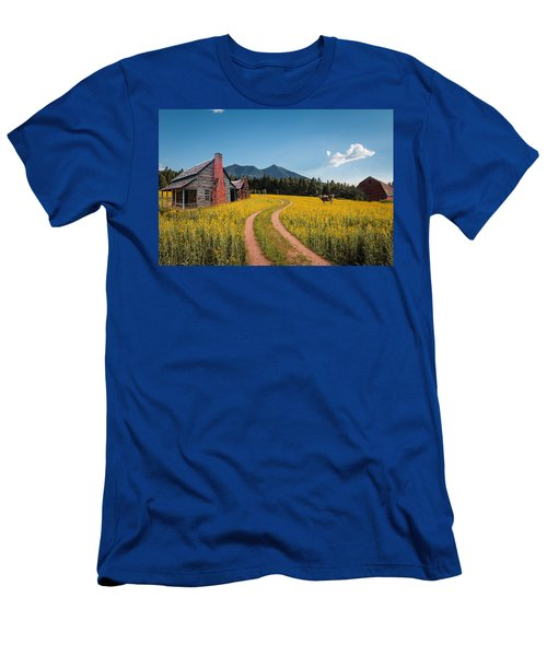 Abandoned Country Life Men's T-Shirt (Athletic Fit)