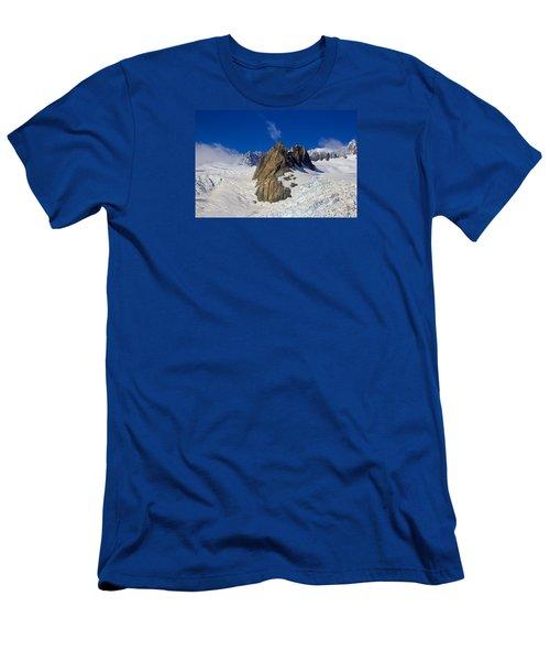 Aoraki Mount Cook Men's T-Shirt (Athletic Fit)