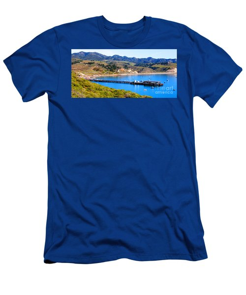 Avila Beach California Fishing Pier Men's T-Shirt (Athletic Fit)