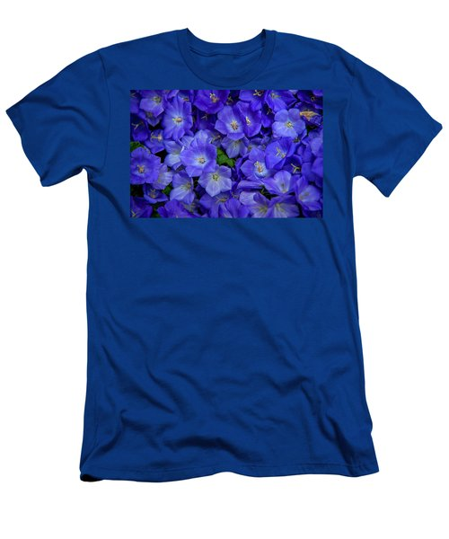Blue Bells Carpet. Amsterdam Floral Market Men's T-Shirt (Athletic Fit)