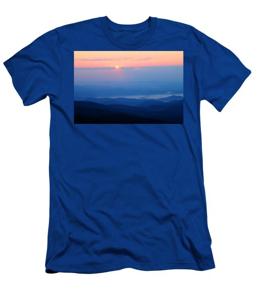 Breaking Dawn Men's T-Shirt (Athletic Fit)