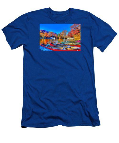 Canoe In Waiting Men's T-Shirt (Athletic Fit)