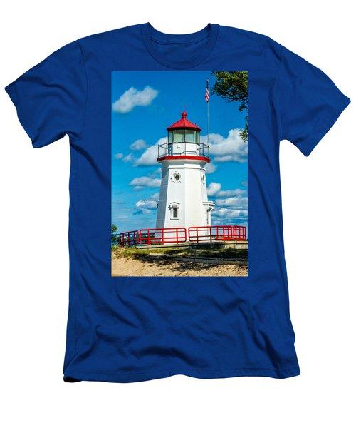 Cheboygan Crib Men's T-Shirt (Athletic Fit)
