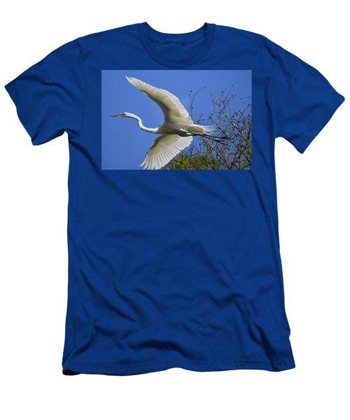 Egret Flying Men's T-Shirt (Athletic Fit)