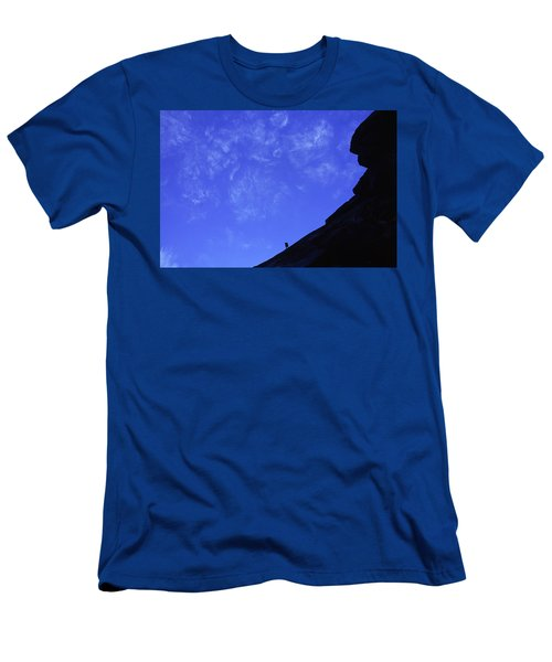 El Capitan - Big Wall Climbing Men's T-Shirt (Athletic Fit)
