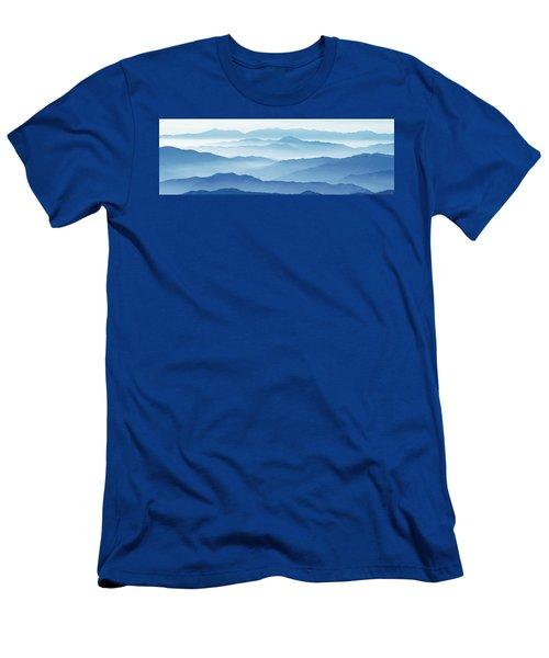 Fog Mountains Nagano Japan Men's T-Shirt (Athletic Fit)