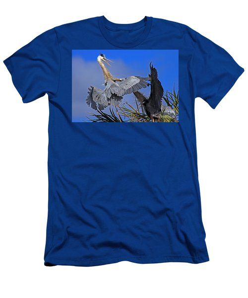 Great Blue Heron Fight  Men's T-Shirt (Athletic Fit)