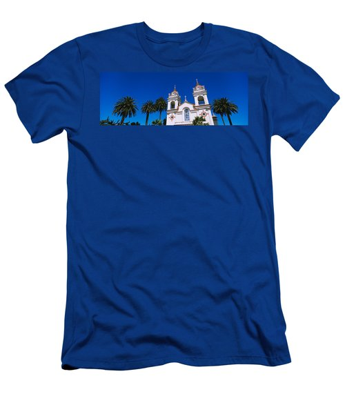 High Section View Of A Cathedral Men's T-Shirt (Athletic Fit)